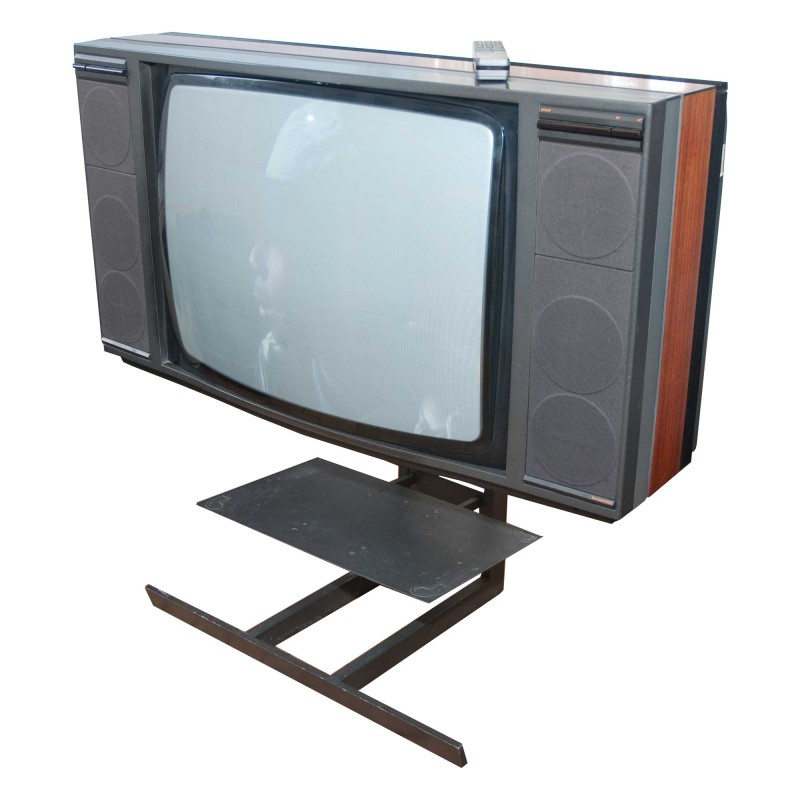 prop hire bang and olufson beovision 8902 eighties. Black Bedroom Furniture Sets. Home Design Ideas