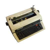 Triumph Adler SE 1000 CD Golf Ball Typewriter Hire