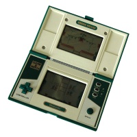 Game & Watch Multiscreen - Green House Hire