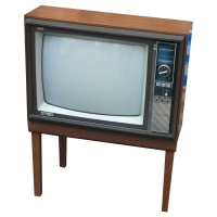 TV & Video Props Pilot 7825E Wooden Case Television