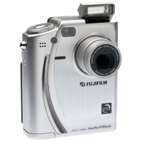 FujiFilm FinePix 4700zoom - Digital Camera Hire
