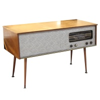 Wooden Radio and Record Player  Hire