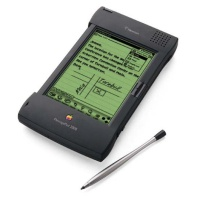 PDA's & Electronic Books Apple Newton MessagePad 2000