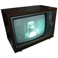 TV & Video Props Hitachi CMT2080 8 System Wooden Case Television