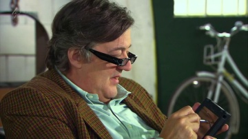 Apple Newton used by Stephen Fry