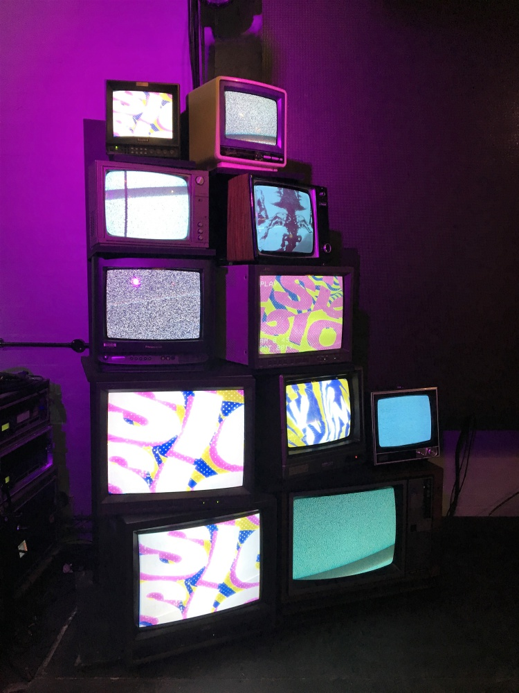 Prop Hire Vintage Tv Stack Mtv Music Week